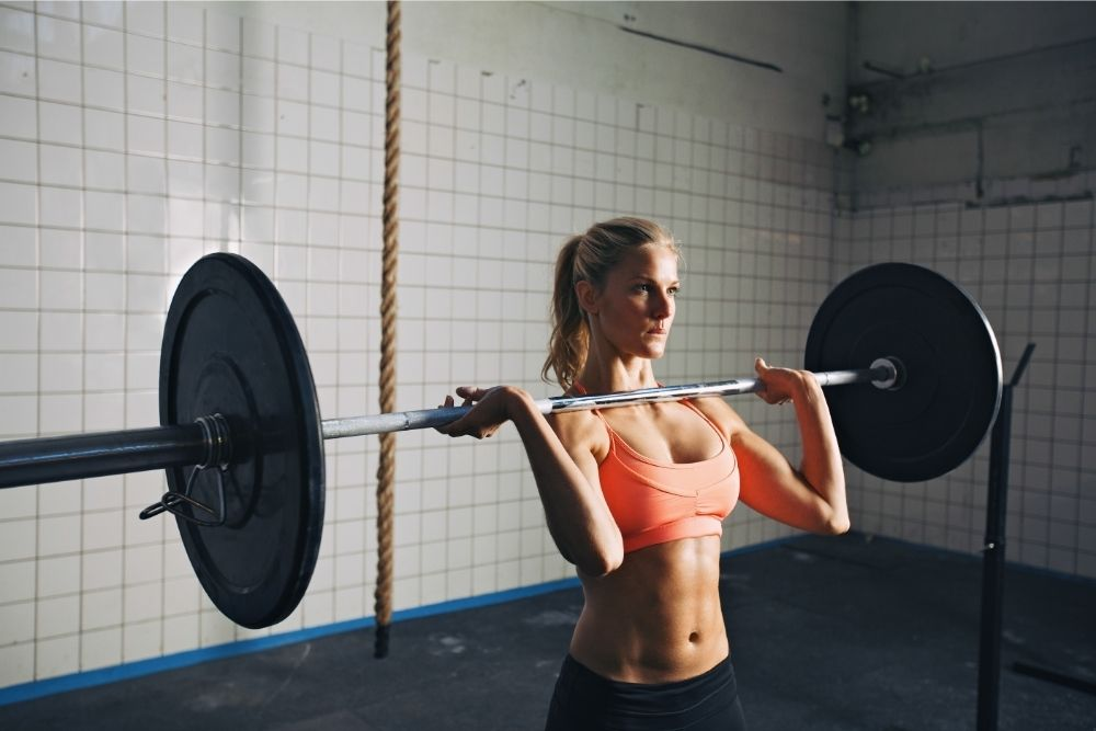 What is the Difference Between Powerlifting and Weightlifting